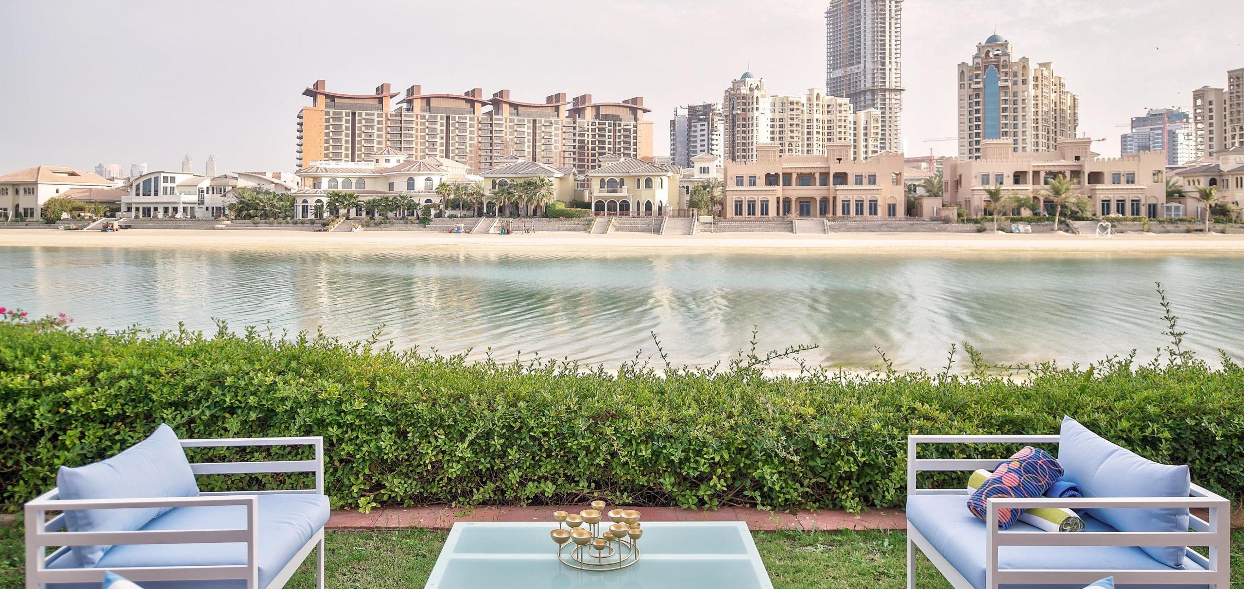 Find Vacation Villas, Holiday Homes & Hotels in Dubai