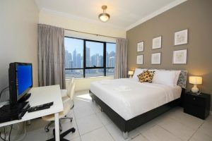 Stay in Jumeirah Lakes Towers
