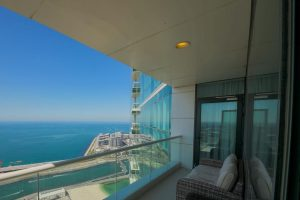 Stunning 5 4BR-Oceanfront-Apartment