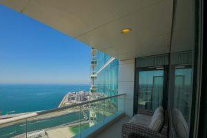 Stunning 5 4BR-Oceanfront-Apartment