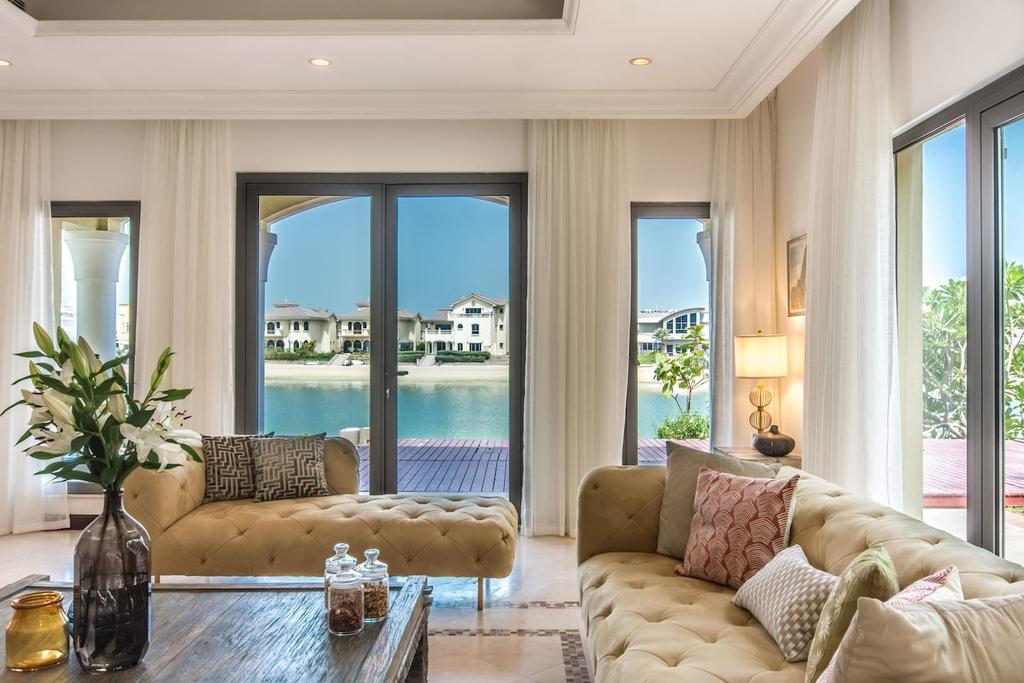 Heavenly Secluded Beach House Palm Jumeirah
